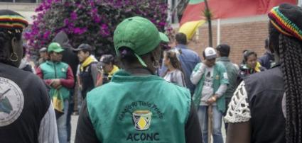 """Podiumsdiskussion: Friedlicher Widerstand gegen die Gewalt - Kollektive Schutzmaßnahmen seit dem Friedensabkommen in Kolumbien."""".PNG"""