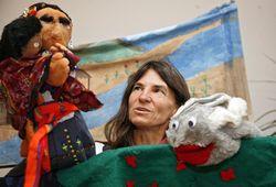 Heike Kammer und ihr Puppentheater des Friedens