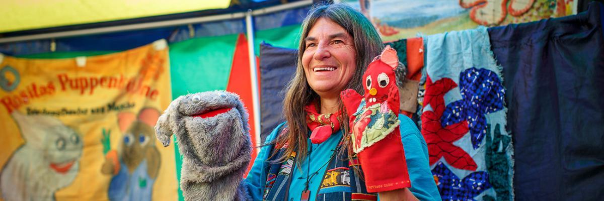 Friedenserziehung Heike Kammer und ihr Puppentheater des Friedens Rositas Puppenbühne