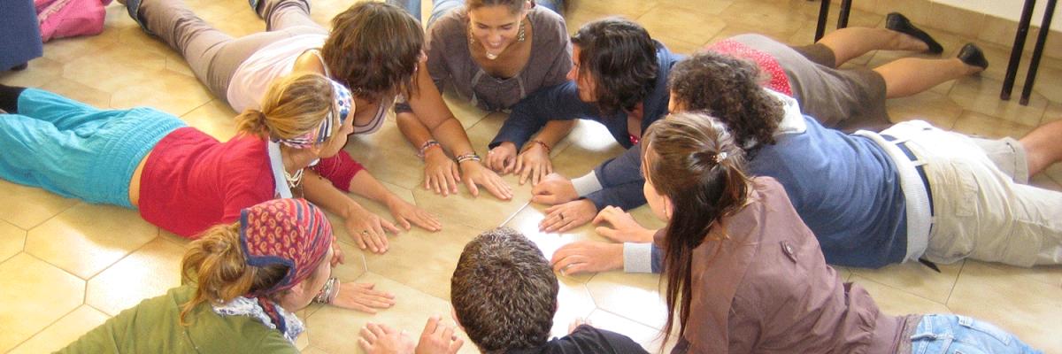Bildungsangebote für Konfirmand_innengruppen