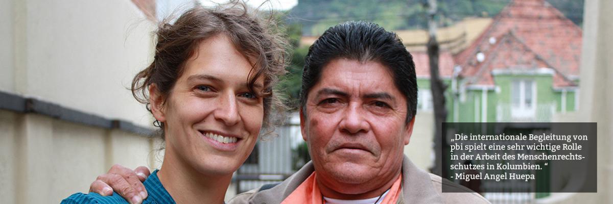 """pbi-Freiwillige mit Miguel Angel Huepa, Mitglied der """"Bauernvereinigung des Cimitarra-Tals"""" (ACVC)"""