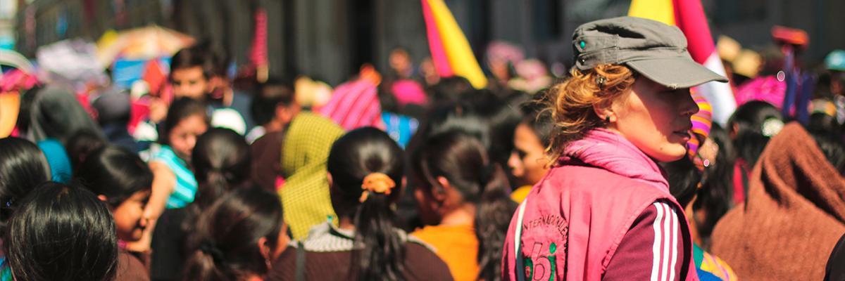 Die Prinzipien der Menschenrechtsorganisation peace brigades international (pbi): Gewaltfreiheit, Unabhängigkeit, Nichtparteinahme, Nichteinmischung, Anfrage- und Konsensprinzip und Legalität